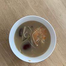 菌菇海鲜汤