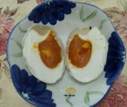腌咸蛋的做法