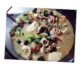 #高蛋白减肥#鲜到不行的海鲜豆腐汤的做法