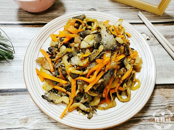 干香胡萝卜炒平菇的做法