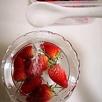 草莓桂花茶的做法图解2