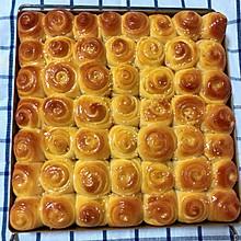 这是一款有料的脆底蜂蜜小面包(面包机版)