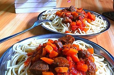 加勒比風味肉醬意大利面