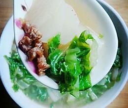新手必学-超级简单/萝卜茭菜(大白菜)肉丝汤的做法