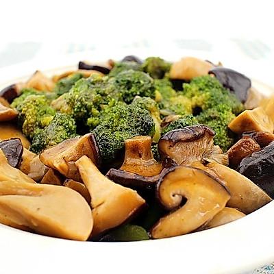西兰花烩双菇