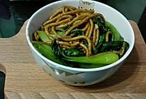 黑暗料理 老上海炒面 最棒的宵夜的做法
