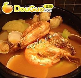 最美味的汤——韩式海鲜锅的做法