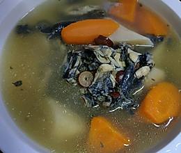 秋冬进补乌鸡汤的做法