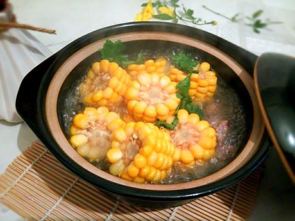 玉米杂排汤的做法