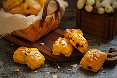 南瓜蔓越莓面包块
