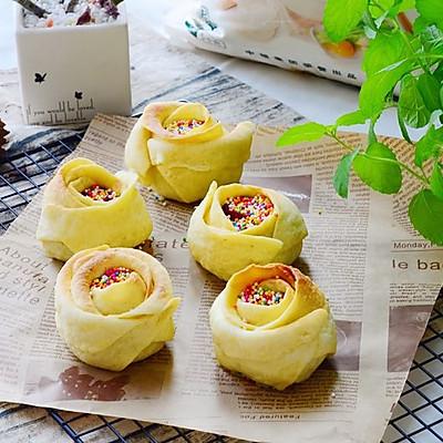 玫瑰豆沙蛋黄包