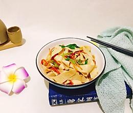 #《风味人间》美食复刻大挑战#凉拌豆油皮的做法