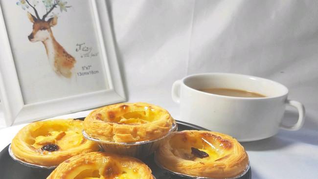 #一人一道拿手菜#欧式风情下午茶|加了苹果的蛋挞的做法
