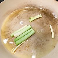 青蒜酱油煎豆腐的做法图解2