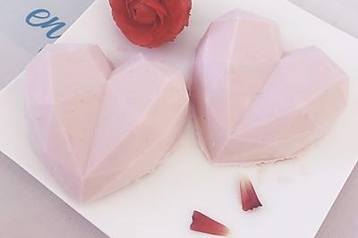 钻石心形慕斯蛋糕