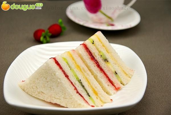 迷你水果三明治的做法