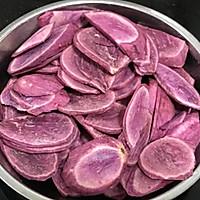 紫薯鸡蛋卷的做法图解1