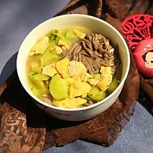 黄瓜炒蛋荞麦面