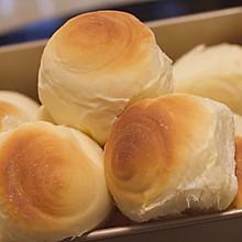 牛奶拉丝小面包