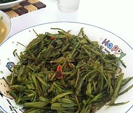 炒空心菜茎的做法
