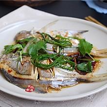 #花10分钟,做一道菜#蒸鲳鱼