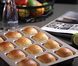 营养早餐打卡系列 | 奶香小餐包的做法