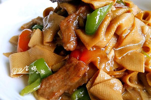 尖椒炒豆腐皮#德国Miji爱心菜#的做法