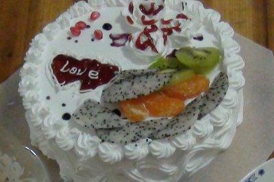简易的全蛋海绵奶油蛋糕