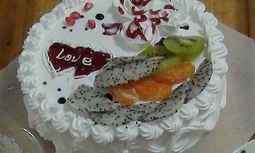 简易的全蛋海绵奶油蛋糕的做法