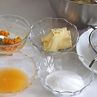 橙味甜甜圈蛋糕,在家就可复刻的经典美味的做法图解3