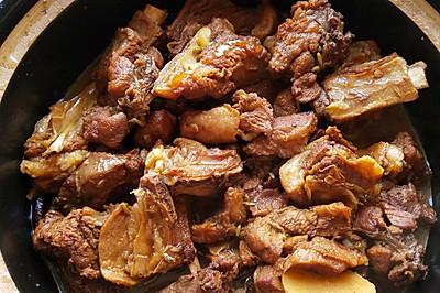 砂锅红焖羊肉