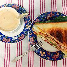 芝士火腿蛋三明治