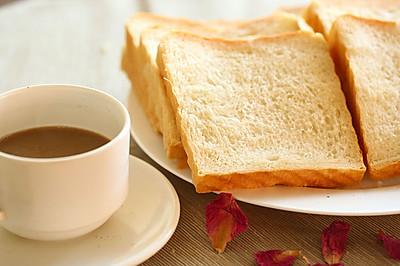 白吐司面包