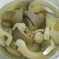 肉丸蘑菇汤