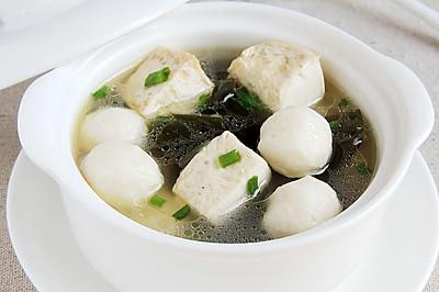 海帶豆腐魚丸湯