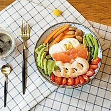 精致早餐:藜麦芦笋鲜虾红西柚沙拉配黑咖