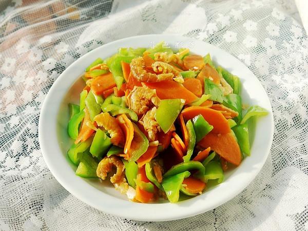 干虾仁炒辣椒的做法