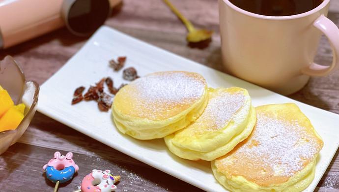 美味早餐厚松餅