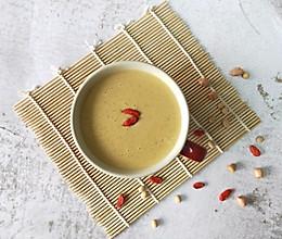 #餐桌上的春日限定#枸杞花生红枣豆浆的做法