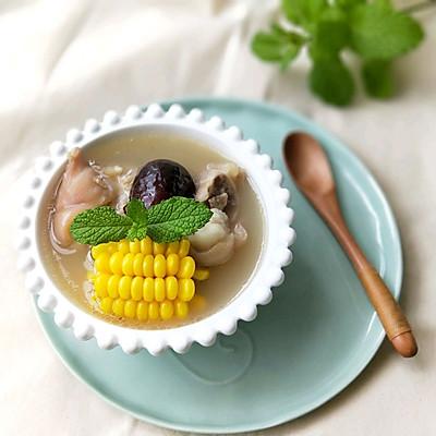 红枣玉米猪脚汤(附好喝不腻的秘诀)