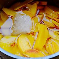 秋季纯天然甜品—糖水黄桃的做法图解6