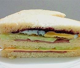 火腿芝士蛋三明治#急速早餐#的做法