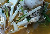 酸笋豆腐鱼头汤的做法