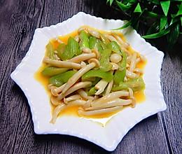 丝瓜炒白玉菇的做法