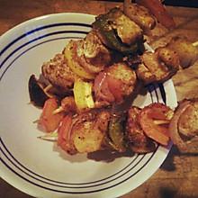 彩色鸡肉烤串
