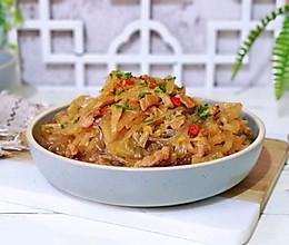 #肉食者联盟#酸菜猪肉炖粉条的做法