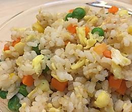 10分钟营养减脂餐之糙米什锦炒饭的做法