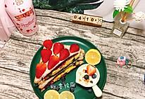 #换着花样吃早餐#草莓紫薯黄瓜三明治+酸奶水果燕麦杯的做法