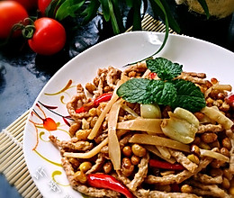 素食之— —酸笋炒黄豆的做法