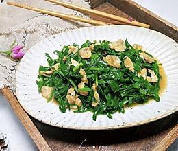 #换着花样吃早餐#韭菜炒花蛤肉的做法